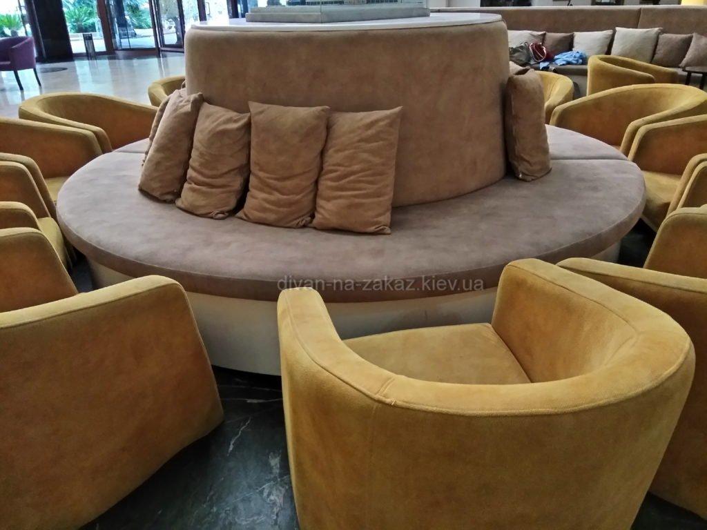 круглый диван в отель под заказ