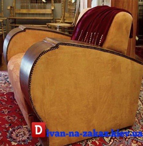 кресло в стиле 80 годов