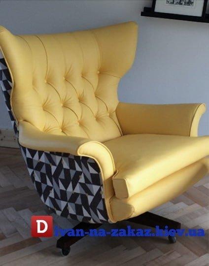 желтое кресло честер с большой спинкой