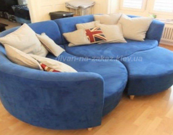 круглый модульный диван на заказ с подушками из трех частей