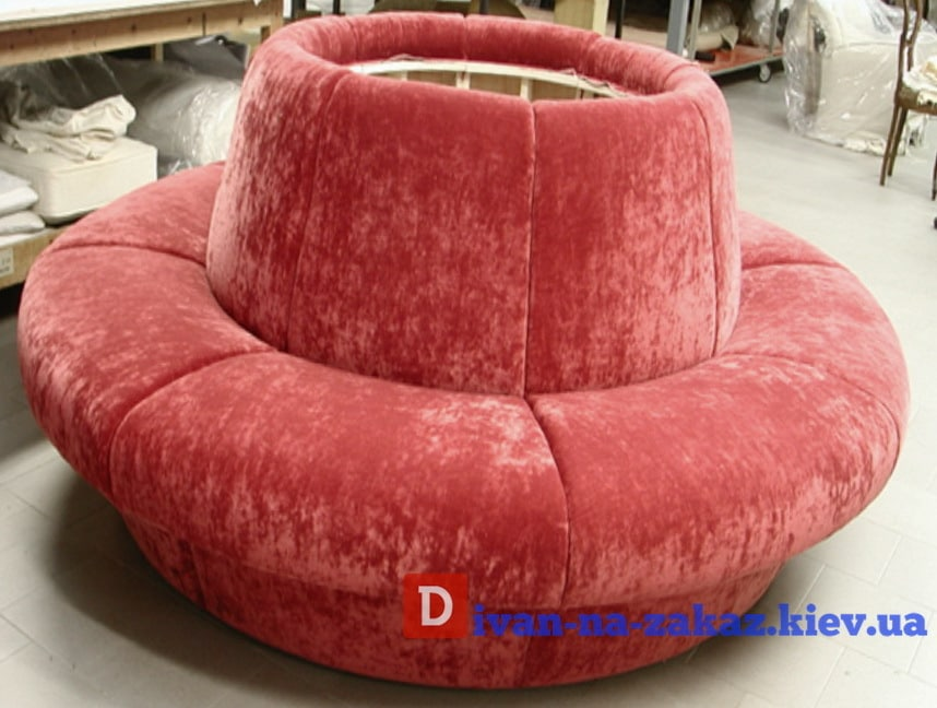 круглый диван красный под заказ