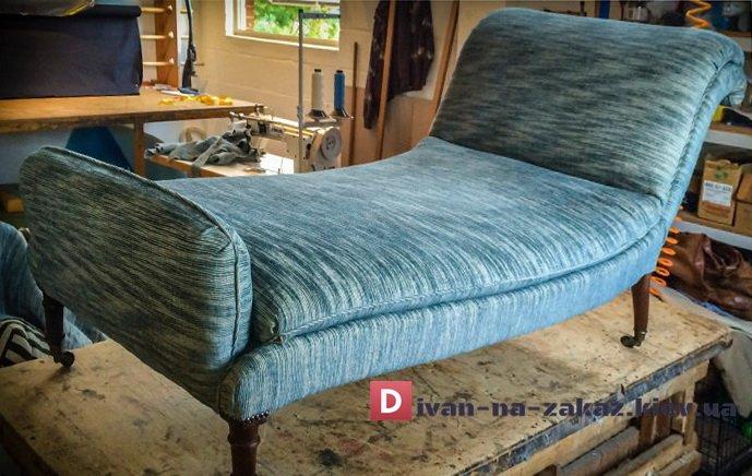 диван без спинки