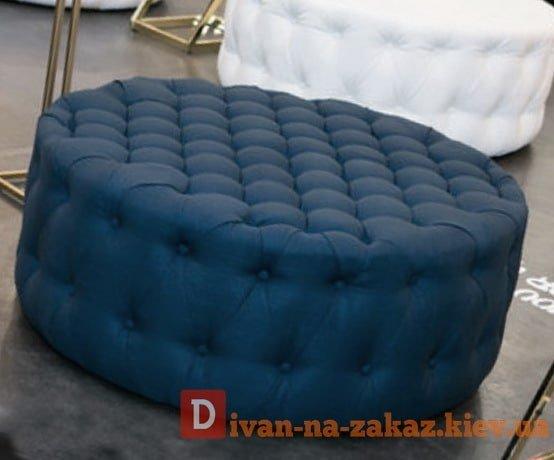 синий круглый пуфик честерфилд