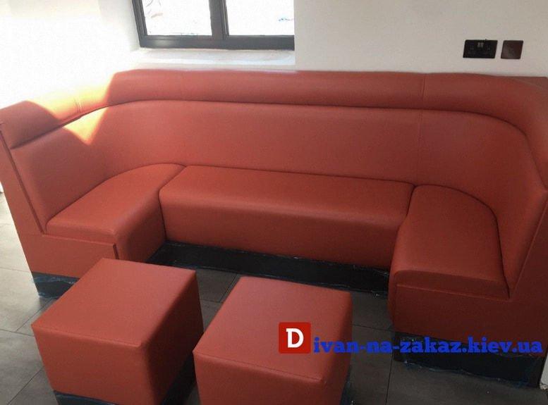 модульные диваны с пуфами