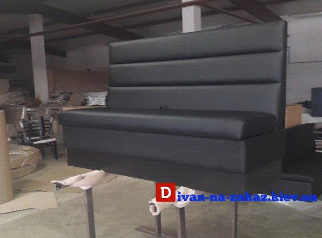 изготовление диванов в клуб
