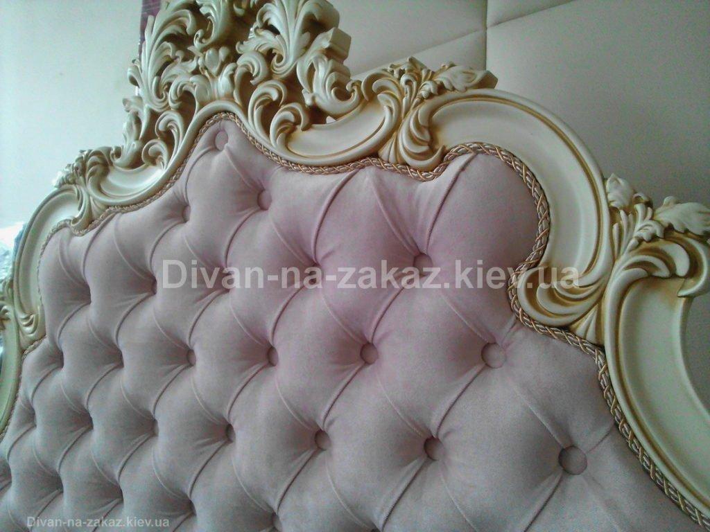 кровать с мягким изголовьем под заказ