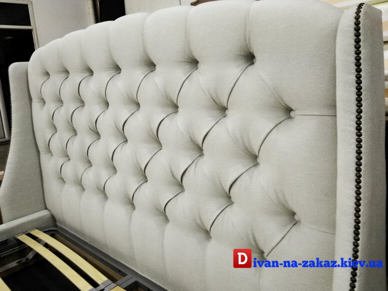 Soft headboard for a bed