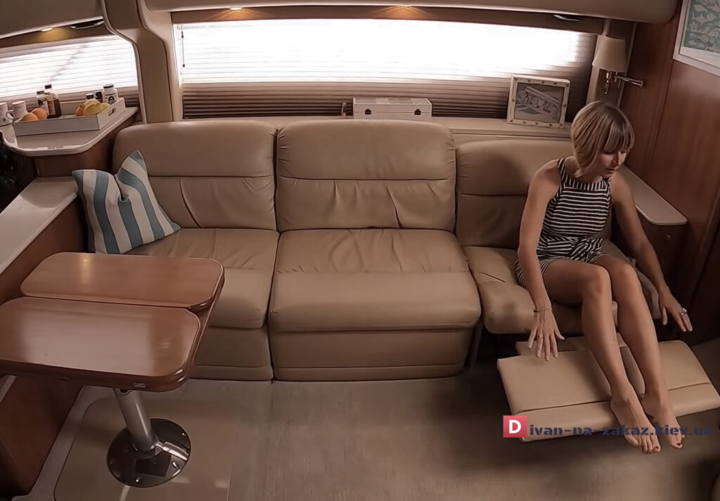 диван с реклайнером в яхту на заказ